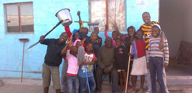 Mandela Day: Inkomazi Orphans Help Their Neighbours