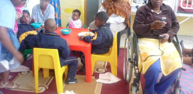 Following up on child immunisations, Siyathokoza, Botshabelo