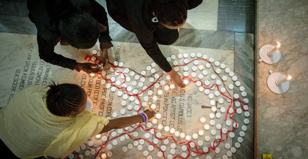 World AIDS Day 2016: Lead by Example